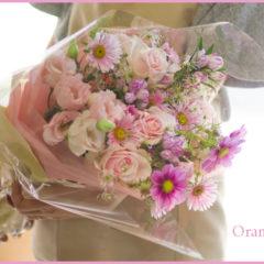 お誕生日に贈る季節のお花のブーケ